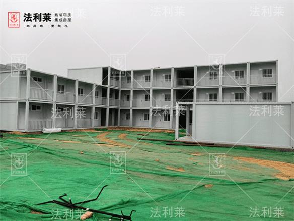 北京萬興建築集團項目41間萬博man房安裝完畢